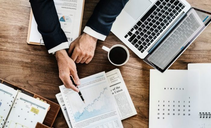 financial vs commercial acumen
